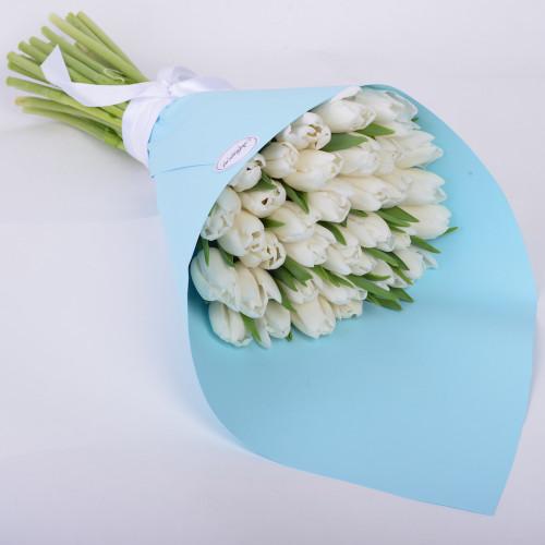 Букет из 35 белых тюльпанов (Premium)