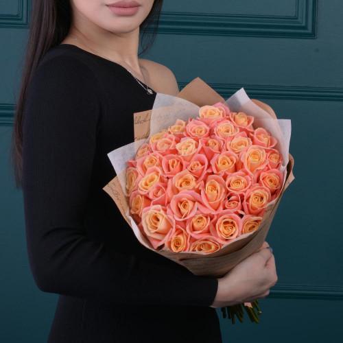"""35 нежных роз сорта """"Мисс Пигги"""" (Роза Premium 40см)"""