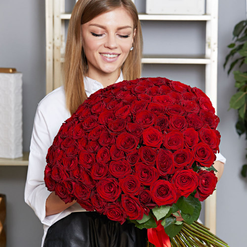 Букет из 101 красной розы Эквадор (Premium 60см)